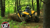 2014-can-am-maverick-utvunderground.com005
