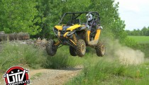 2014-can-am-maverick-utvunderground.com019