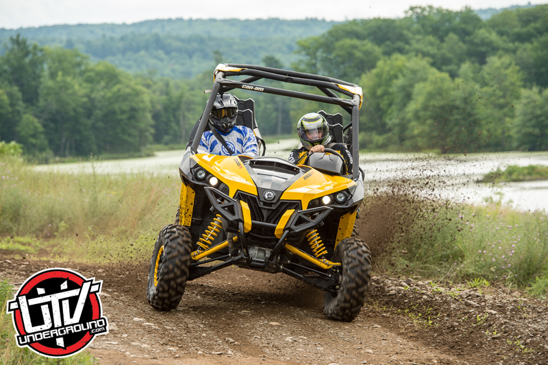 2014-can-am-maverick-utvunderground.com035