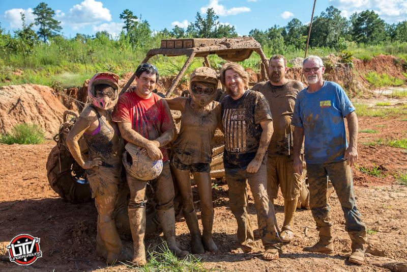 2014-utvunderground-high-lifter-mud-riding-photos163