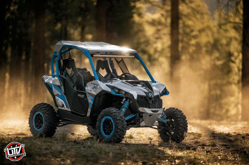 Maverick X ds Turbo blue static008-utvunderground.com