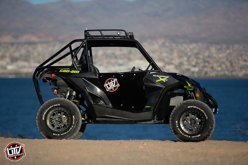 2016-feature-vehicle-can-am-maverick-xds-turbo-utvunderground.com024