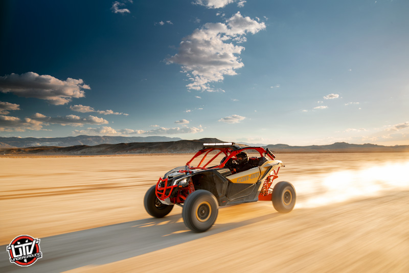 2017-can-am-Maverick X3 Xrs TURBO R Gold _ Can-Am Red - Desert 2-utvunderground.com