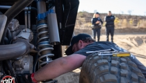 Jagged X Racing repairing mechanical issue at 2018 Baja 1000