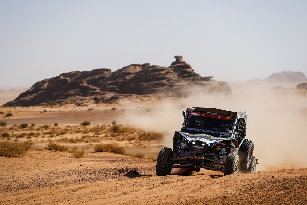 433 Navarro Santiago (esp), Sola Terradellas Marc (esp), Can-Am, FN Speed Team, SSV, action during Stage 3 of the Dakar 2020 between Neom and Neom, 489 km - SS 404 km, in Saudi Arabia, on January 7, 2020 - Photo Frederic Le Floc'h / DPPI