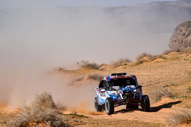 411 Kariakin Sergei (rus), Vlasiuk Anton (rus), BRP, Snag Racing Team, SSV, action during Stage 5 of the Dakar 2020 between Al Ula and Ha'il, 563 km - SS 353 km, in Saudi Arabia, on January 9, 2020 - Photo DPPI
