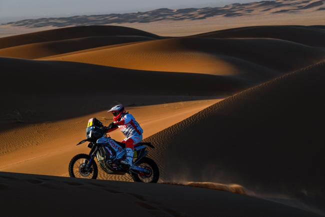 08 Goncalvez Paulo (prt), Hero, Hero Motosports Team Rally, Moto, Bike, Motul, action during Stage 7 of the Dakar 2020 between Riyadh and Wadi Al-Dawasir, 741 km - SS 546 km, in Saudi Arabia, on January 12, 2020 - Photo Eric Vargiolu / DPPI