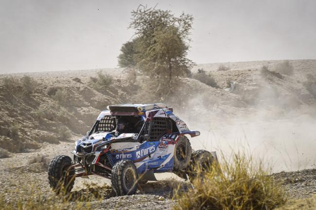 411 Kariakin Sergei (rus), Vlasiuk Anton (rus), BRP, Snag Racing Team, SSV, action during Stage 9 of the Dakar 2020 between Wadi Al-Dawasir and Haradh, 891 km - SS 415 km, in Saudi Arabia, on January 14, 2020 - Photo DPPI