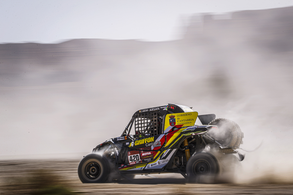 420 Puras Jesus (esp), Blanco Xavier (esp), Can-Am, Xraids and Buggymaster Team, SSV, action during Stage 9 of the Dakar 2020 between Wadi Al-Dawasir and Haradh, 891 km - SS 415 km, in Saudi Arabia, on January 14, 2020 - Photo Frederic Le Floc'h / DPPI
