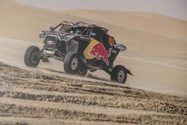 Mitchell Guthrie (USA) and Ola Floene (NOR) of SSV Red-Bull Off-Road Team USA Rally Dakar 2020