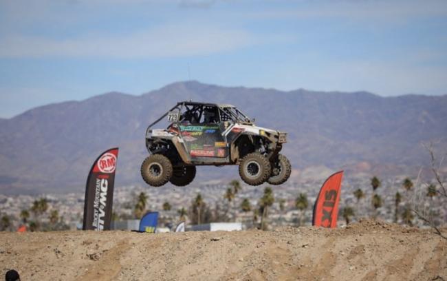 ruslan_greasehandz_off_road_racing_jumping_polaris_rzr
