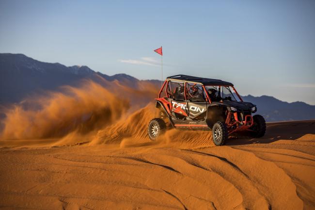2020 Honda Talon 1000X 4 Fox Live Valve in the dunes