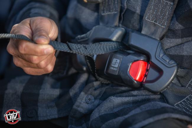 rhino usa utv safety wrist restraints 24