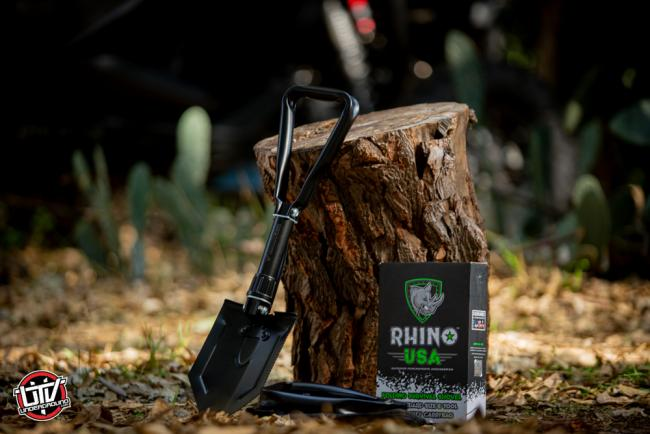 rhino usa folding survival shovel 01