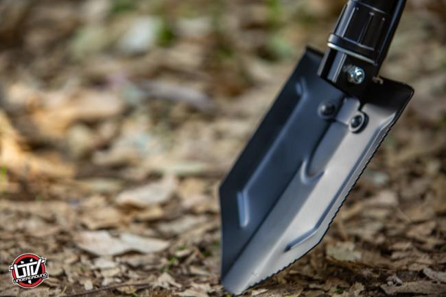 rhino usa folding survival shovel 08