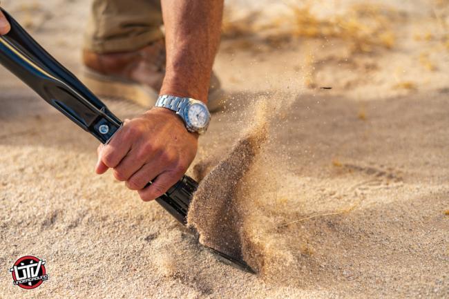 rhino usa folding survival shovel 12