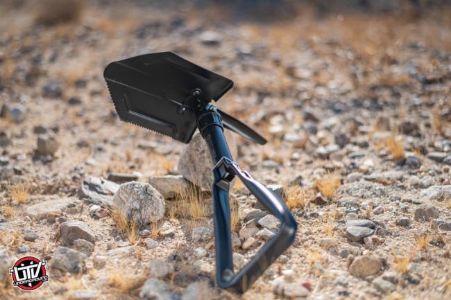 rhino usa folding survival shovel 43